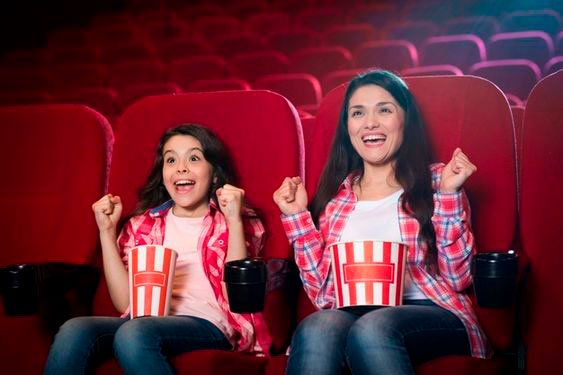 Surprise for Mother's Day with cinema session