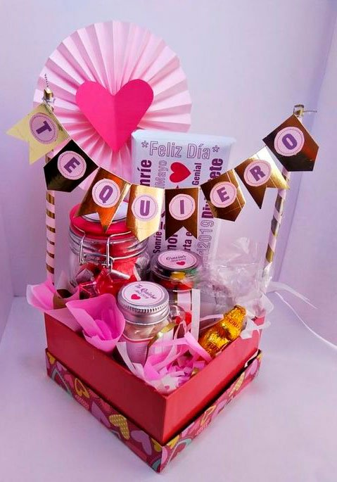Beautifully decorated Mother's Day basket