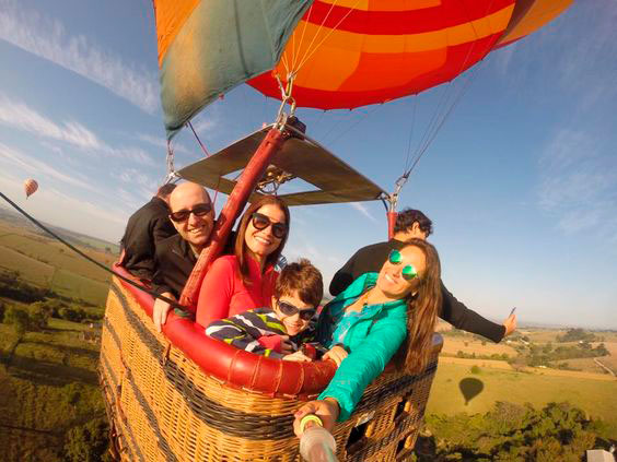Balloon ride to celebrate Mother's Day