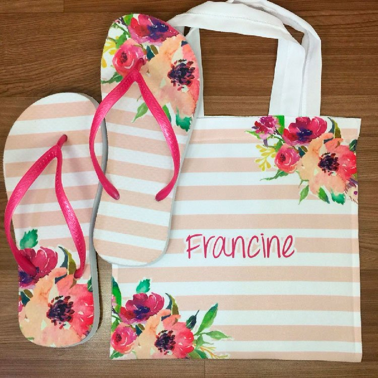 Personalized bag and slipper for mom