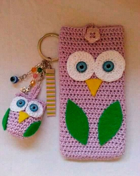 Crochet keychain and cell phone holder for mom