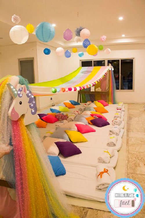 Decorate the room for slumber party