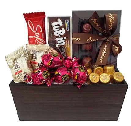 Baskets for Mother's Day with assorted chocolates