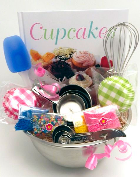 Basket for Mother's Day with cupcake kit