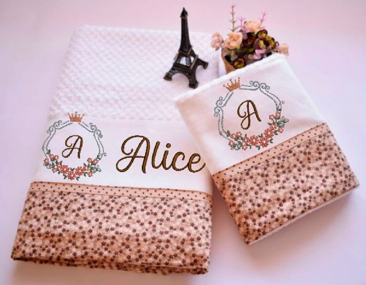 Bath towels set for mom