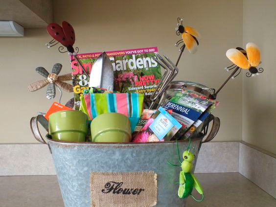 Gardening kit for mom who loves plants