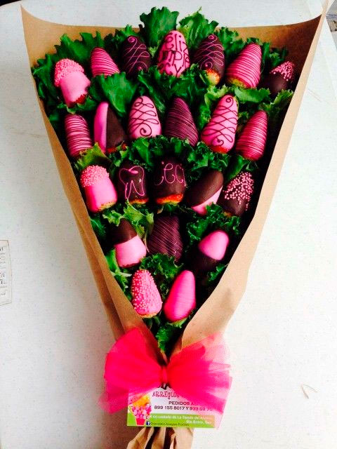 Strawberry chocolate bouquet for mom