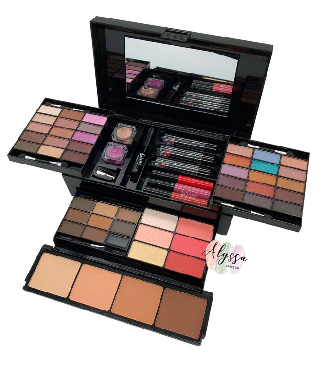 Makeup kit for your most beautiful girlfriend