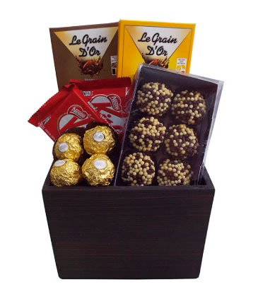 Chocolate basket to sweeten the life of your loved one