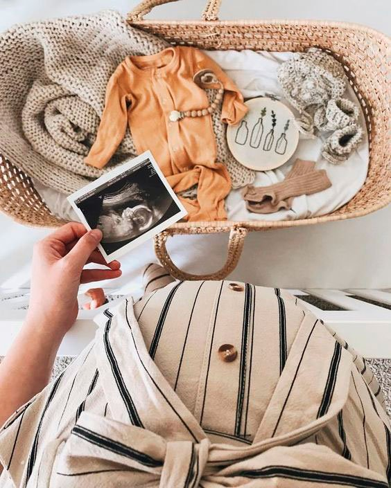 Accessories for mom to take in the maternity ward