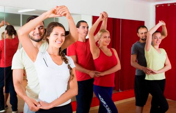 Take a dance class with your mom