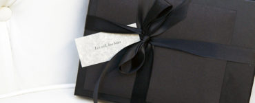 Advantages and disadvantages of offering a gift voucher
